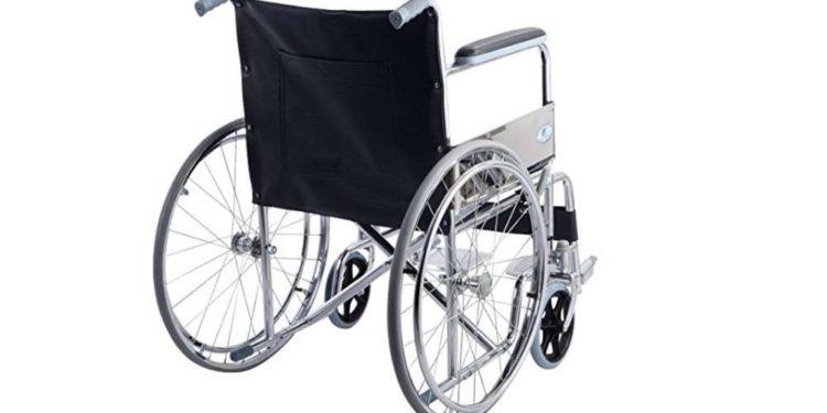 Giantex 24-inch Lightweight Folding Wheelchair Review