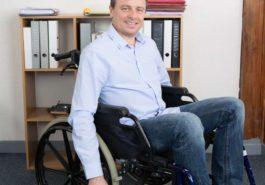 MedMobile Self Transport Folding Wheelchair Review